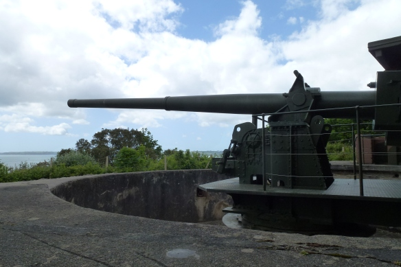 "6"" Mark 24  gun in Half Moon Battery"