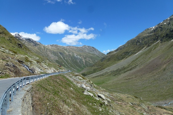 Valle di Livigno from the pass.